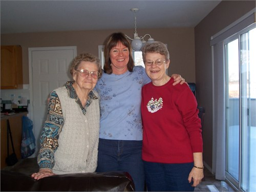 Me with Grams and mom